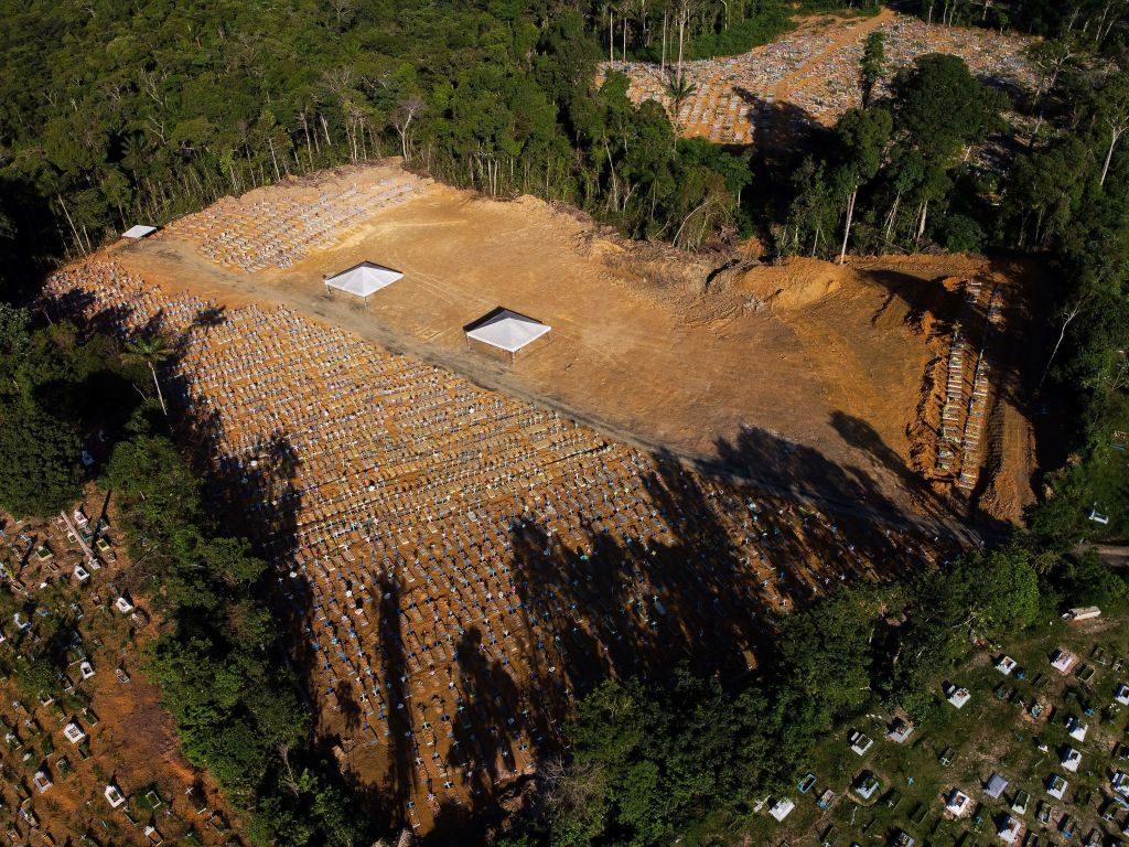 Brasil cerca de 140.000 víctimas y sobre 4.500.000 de contagios del coronavirus Covid-19