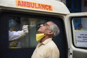 India superó los 600.000 contagios del Covid-19 y autoridades mantienen reapertura