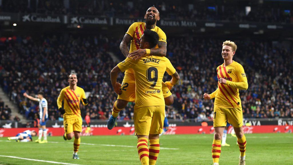Arturo Vidal se convirtió en el cuarto máximo goleador del Barcelona en esta temporada