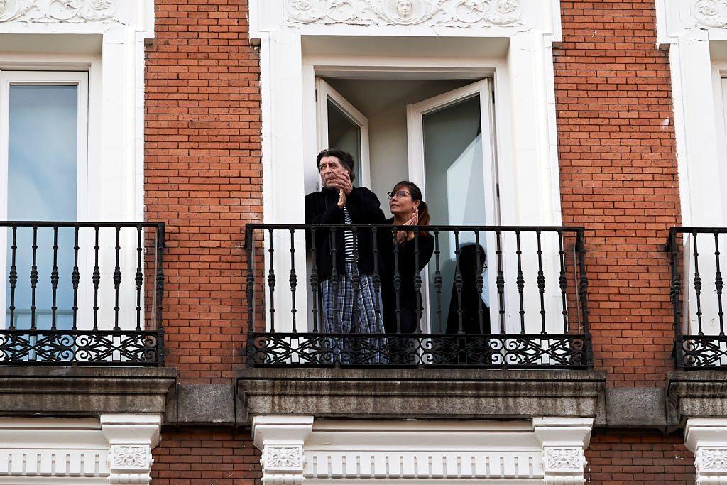 Joaquín Sabina se casó en secreto: Serrat fue el padrino y el ministro del Interior de España fue el juez