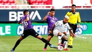 Mazatlán informó que dos jugadores del plantel dieron positivo por Covid-19