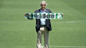 Manuel Pellegrini fue presentado como nuevo DT del Real Betis