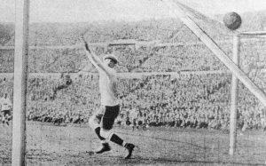 """¿Cómo fue el primer Mundial de Fútbol? """"Deportes con Historia"""" lo recuerda en su 90º aniversario"""