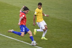 Mauricio Pinilla y el palo ante Brasil en el Mundial 2014: Si la pelota entraba, me iba a jugar a Real Madrid