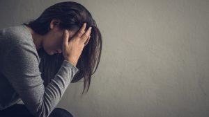 Estrés e insomnio: Experto aconsejó cómo enfrentar las principales consecuencias del teletrabajo