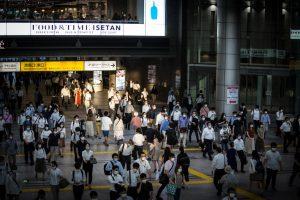 Tokio en alerta al sumar más de 100 contagios del coronavirus por tercer día seguido