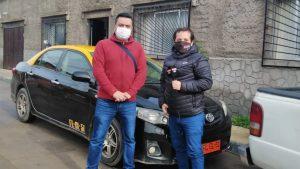 """""""Todo suma: nuestro ADN es ayudar"""": Cómo un grupo de taxistas se une para hacer frente al Covid"""