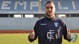 Francisco Sierralta seguirá en el Empoli