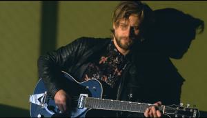 """Está dedicado a los niños: Crettino estrenó el videoclip oficial de su canción """"A veces"""""""