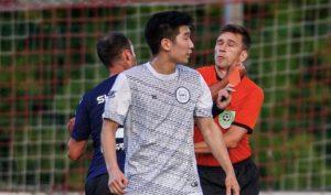 La terrible golpiza que un exseleccionado ruso le dio a un árbitro luego que lo expulsara