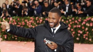 Hermano menor de Frank Ocean falleció en un grave accidente automovilístico