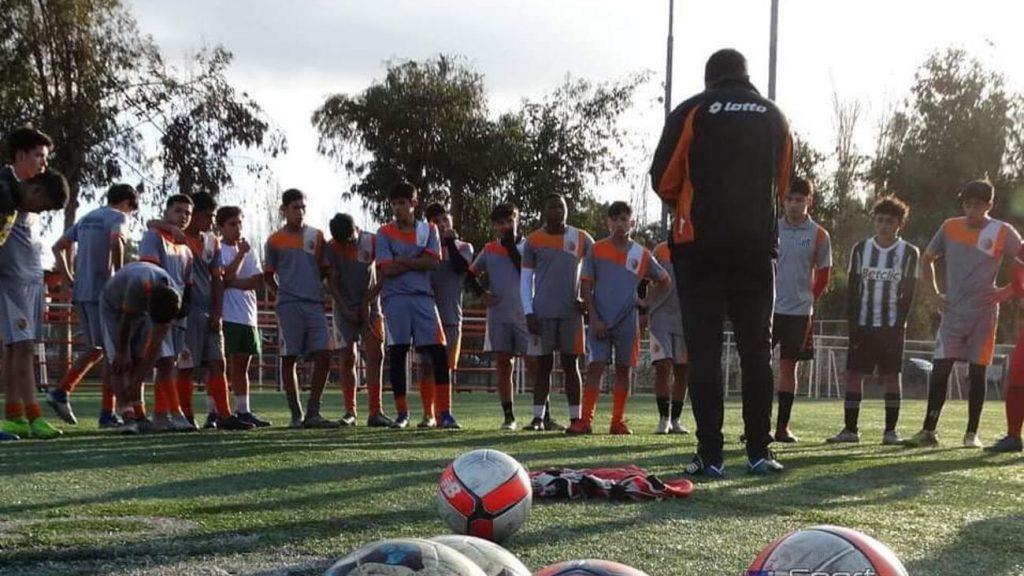Crisis en la industria: Masivos despidos en fútbol joven y femenino a raíz del Covid-19