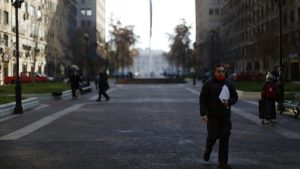 Gran Santiago: desempleo llegó al 14,1% en junio y empleo total registró caída comparable a 1982