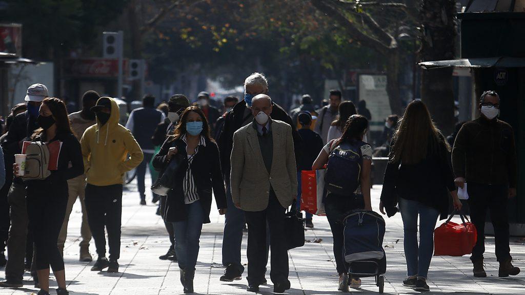 Minsal confirmó conversaciones con alcaldes de Santiago y Estación Central para avanzar en desconfinamiento