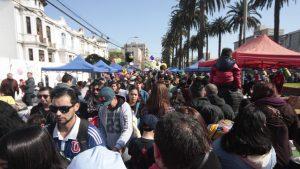 Contraloría detectó irregularidades en entregas de permisos para ferias en Valparaíso y ordenó un sumario