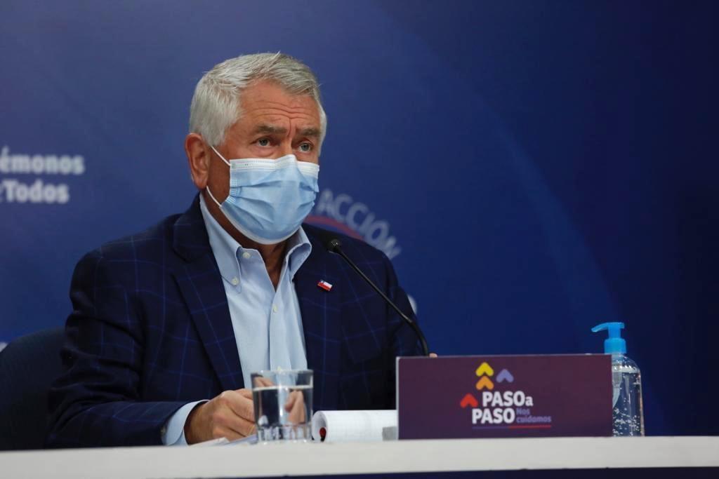 Minsal informó que hubo 2.201 nuevos casos y ya son 371.023 los contagiados con coronavirus en Chile