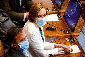 """Senadora Goic: """"Esta ley no se trata de cómo mueren los pacientes de cáncer, sino de cómo viven"""""""