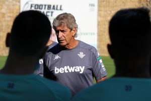 Real Betis de Manuel Pellegrini informó dos casos positivos de Covid-19