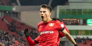 Charles Aránguiz, junto al Bayer Leverkusen, buscará ser el rival del Inter de Milán de Alexis en la Europa League