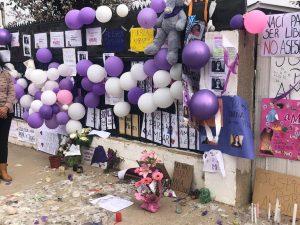 Casa de Ámbar Cornejo recibe velas, mensajes y murales en su memoria