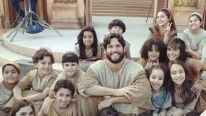 Duró solo dos meses en pantalla: La teleserie Jesús seguirá con emisiones online