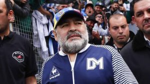 Diego Maradona se realizó PCR para integrarse a los entrenamientos de su club
