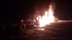 Se registró nuevo atentado en el sur: Quemaron camiones y una grúa en Valdivia