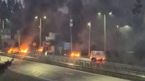 Gran congestión vehicular se registró en la Ruta 5 Sur por barricadas