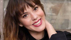 Carolina Mestrovic sacó aplausos en redes sociales con sesión fotográfica de época