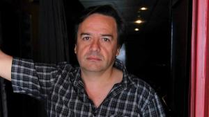 """""""Todos los actores estamos reconvertidos"""": Claudio Arredondo abrió mercado de frutas y verduras en Pirque"""