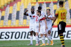 Flamengo se impuso como visitante ante Barcelona de Guayaquil sin Mauricio Isla