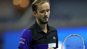 Tremenda sorpresa en Roland Garros: Daniil Medvedev se quedó fuera en la primera ronda