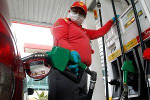 Tras dos semanas a la baja, este jueves volverán a subir los precios de los combustibles en el país