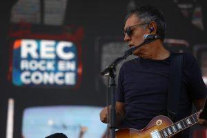 """La música de """"El Chacotero Sentimental"""", de Carlos Cabezas, llega al streaming tras 21 años: """"Es un rescate casi patrimonial, rescatando lo importante que fue en la historia del cine chileno"""""""
