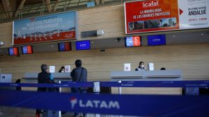 Latam modificó su plataforma digital y eliminó el check-in