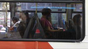 """Experto y distanciamiento físico en el transporte público: """"No es posible alcanzar ni medio metro"""""""