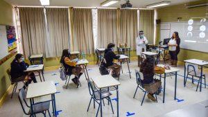 Sigue la polémica por el retorno a clases presenciales: Ministro de Educación reiteró que será con condiciones