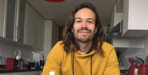Francisco Puelles enterneció en redes sociales al compartir selfie en compañía de su hijo Silvestre