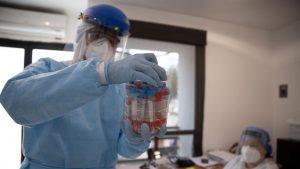 Argentina registró casi 9.000 nuevos casos por Covid-19: Cifra total de contagios superó los 710 mil