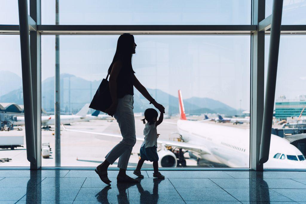"""Crisis del turismo en Chile: """"Vamos a volver a los años 90, y el segmento viajero va a ser un poco más elitista"""""""