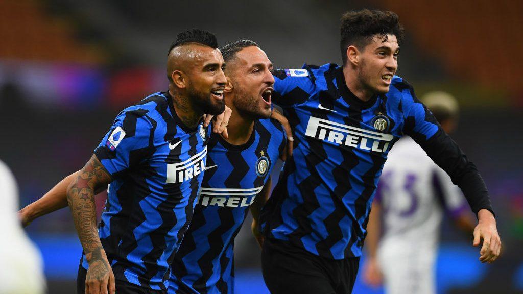 En el estreno de Vidal y con asistencia de Alexis, Inter derrotó en un electrizante partido a la Fiorentina
