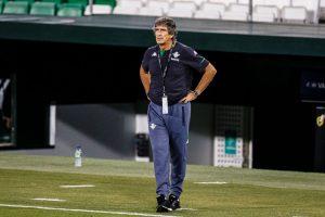 En España abren expediente disciplinario en contra de Manuel Pellegrini por sus declaraciones tras la derrota ante el Real Madrid