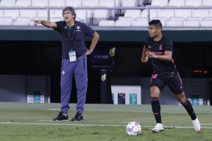Manuel Pellegrini podría ser sancionado tras duras declaraciones luego de caer ante Real Madrid