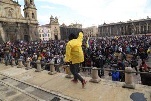 Nuevas protestas callejeras en contra de la violencia policial en Colombia