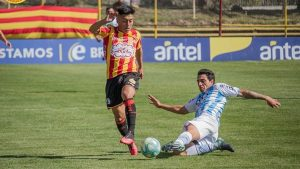 Sigue brillando: Gonzalo Jara volvió a marcar un gol en el fútbol uruguayo