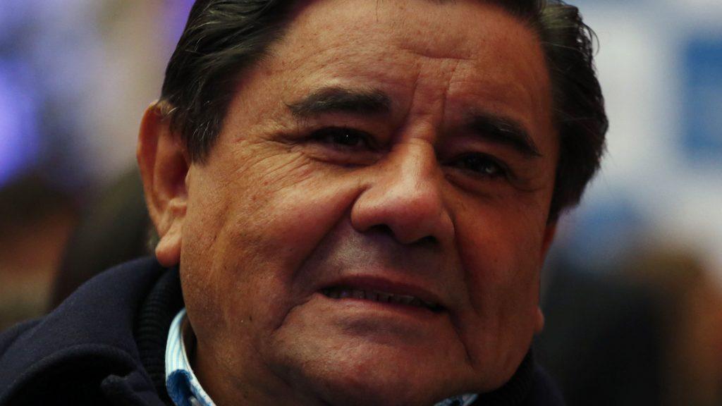 """""""Yo ya no me puedo levantar"""": Coco Pacheco puso a la venta terreno de su restaurante tras 45 años de existencia"""