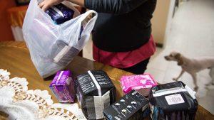 Sernac detectó diferencias de hasta 154% en el precio de toallas higiénicas