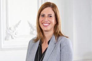 """Susana Sierra, de Chile Transparente: """"Son las mismas autoridades las que hacen que se debilite la confianza en las instituciones"""""""