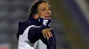 Hinchas de Alianza Lima piden la salida de Mario Salas tras pésima compaña al mando del club peruano