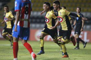 Coquimbo Unido goleó a Estudiantes de Mérida y quedó con gran opción de instalarse en los octavos de final de la Copa Sudamericana